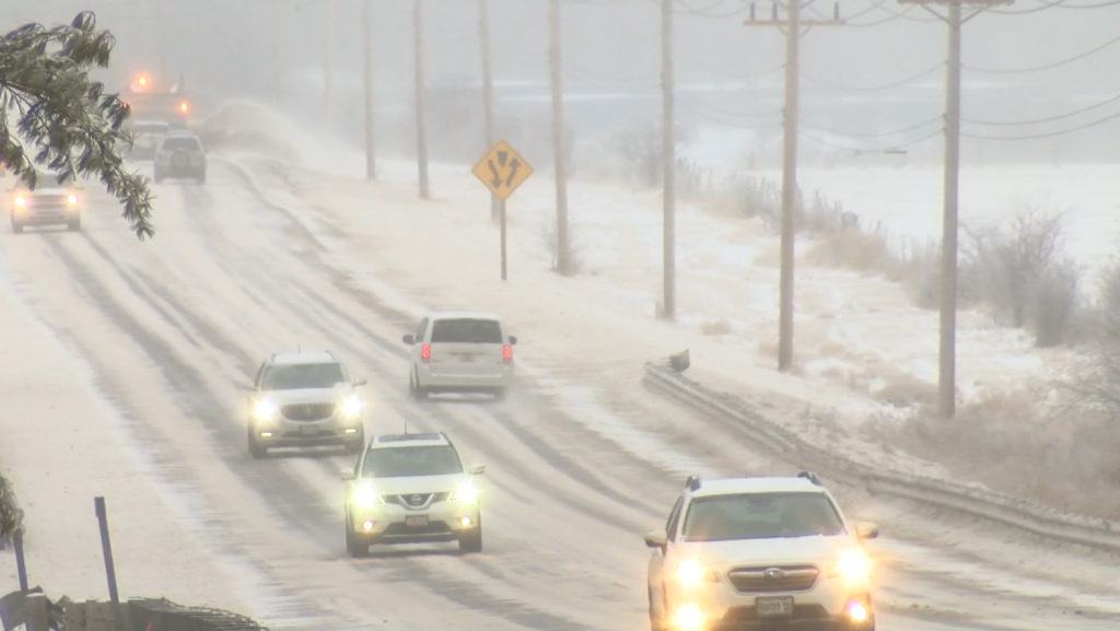 Thousands lose power during winter storm