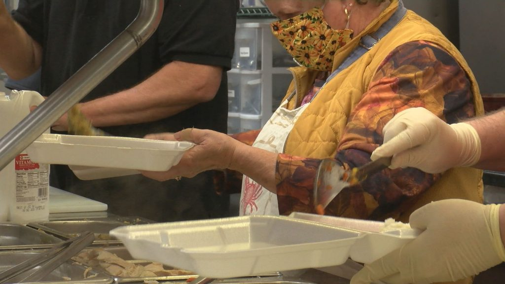 Ellsworth Elks Lodge provides Thanksgiving dinners to go
